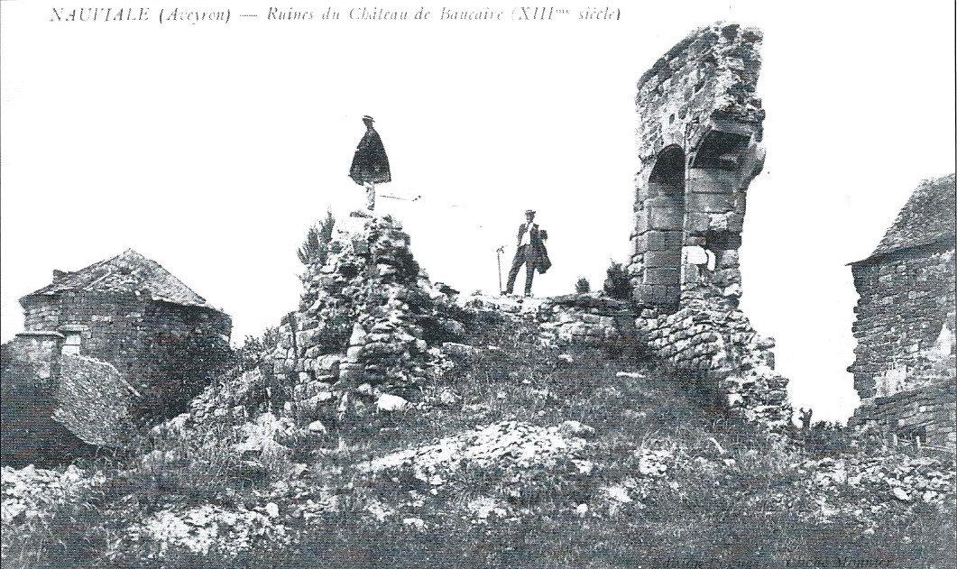 Château de Beaucaire ruines tour escalie