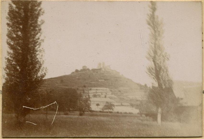 Chateau de Beauacire vue Ouest 01.jpg