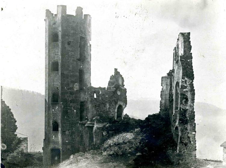 Chateau de Beaucaire (Nauviale 12) 151.j