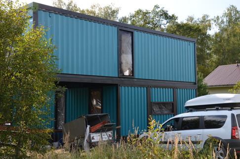 Покраска дома из контейнеров