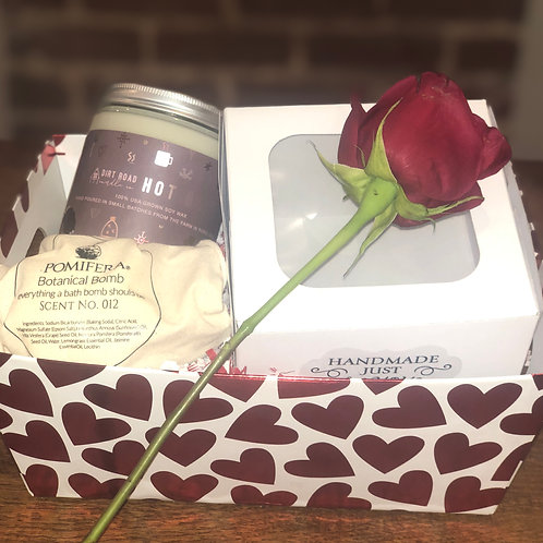 Valentine's Day Box Deluxe