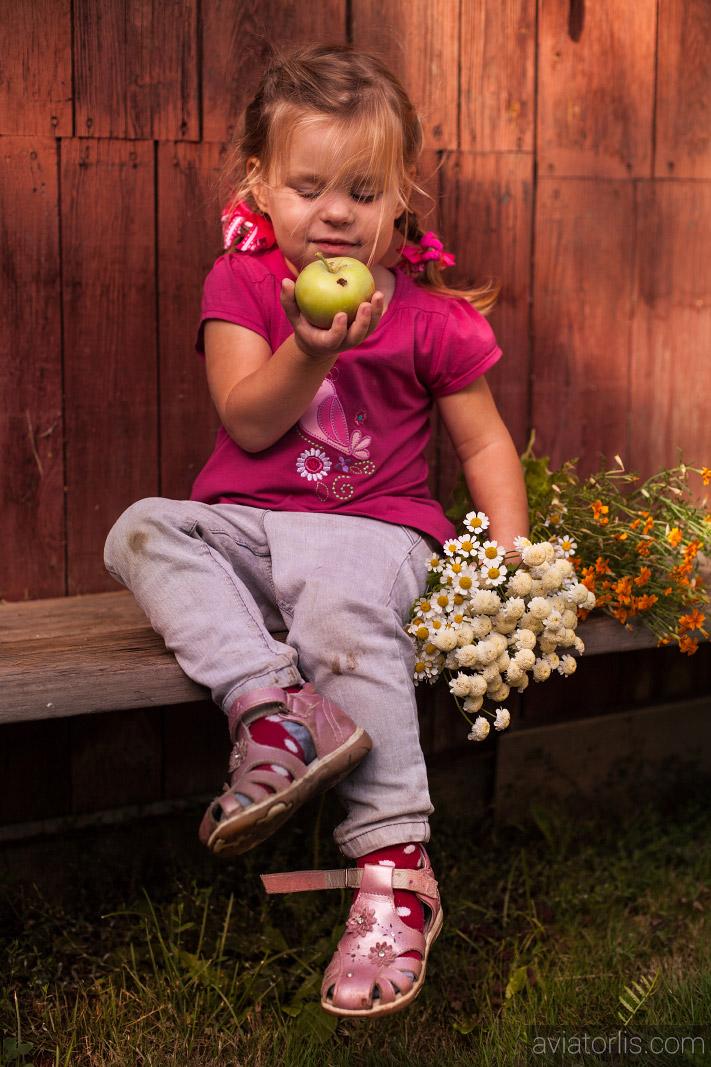 Детская фотосъемка в деревне
