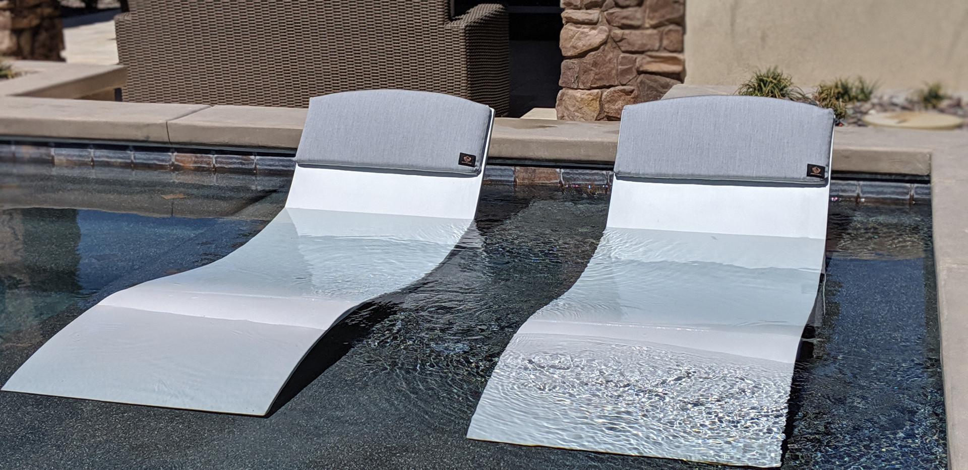 The Chaise Curve on pool ledge