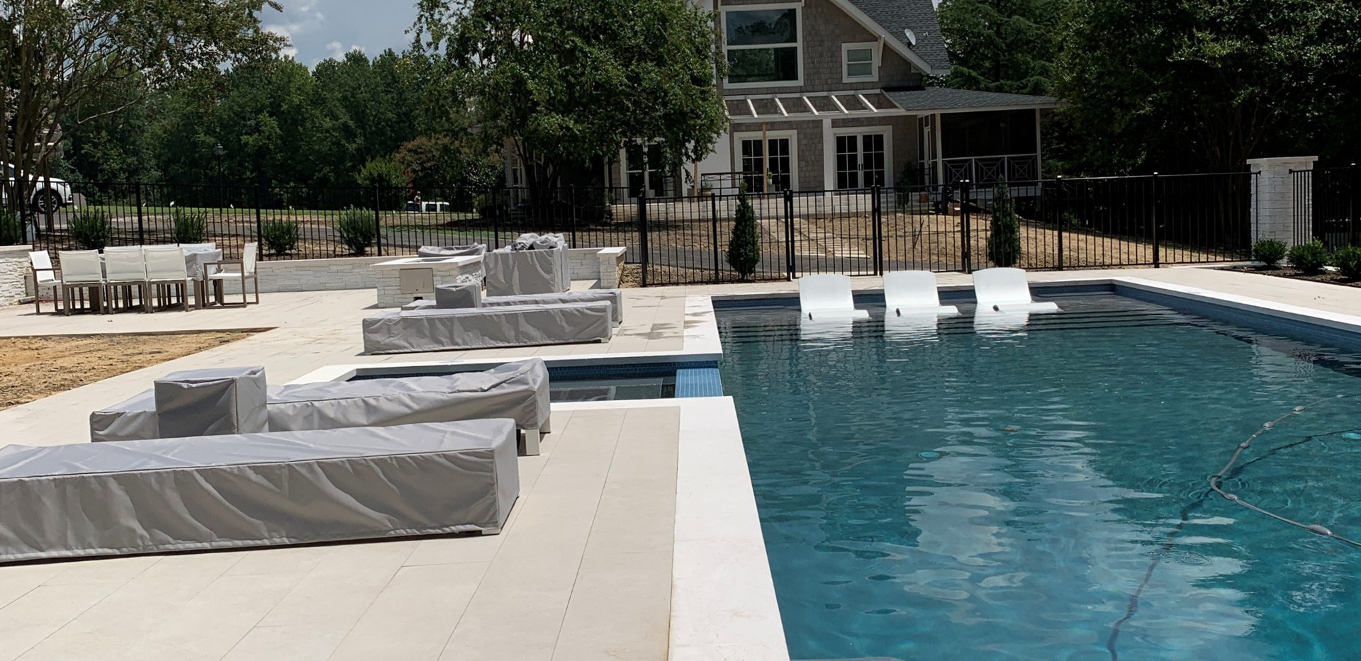 Lowe Residence - Pool Lounge Chair