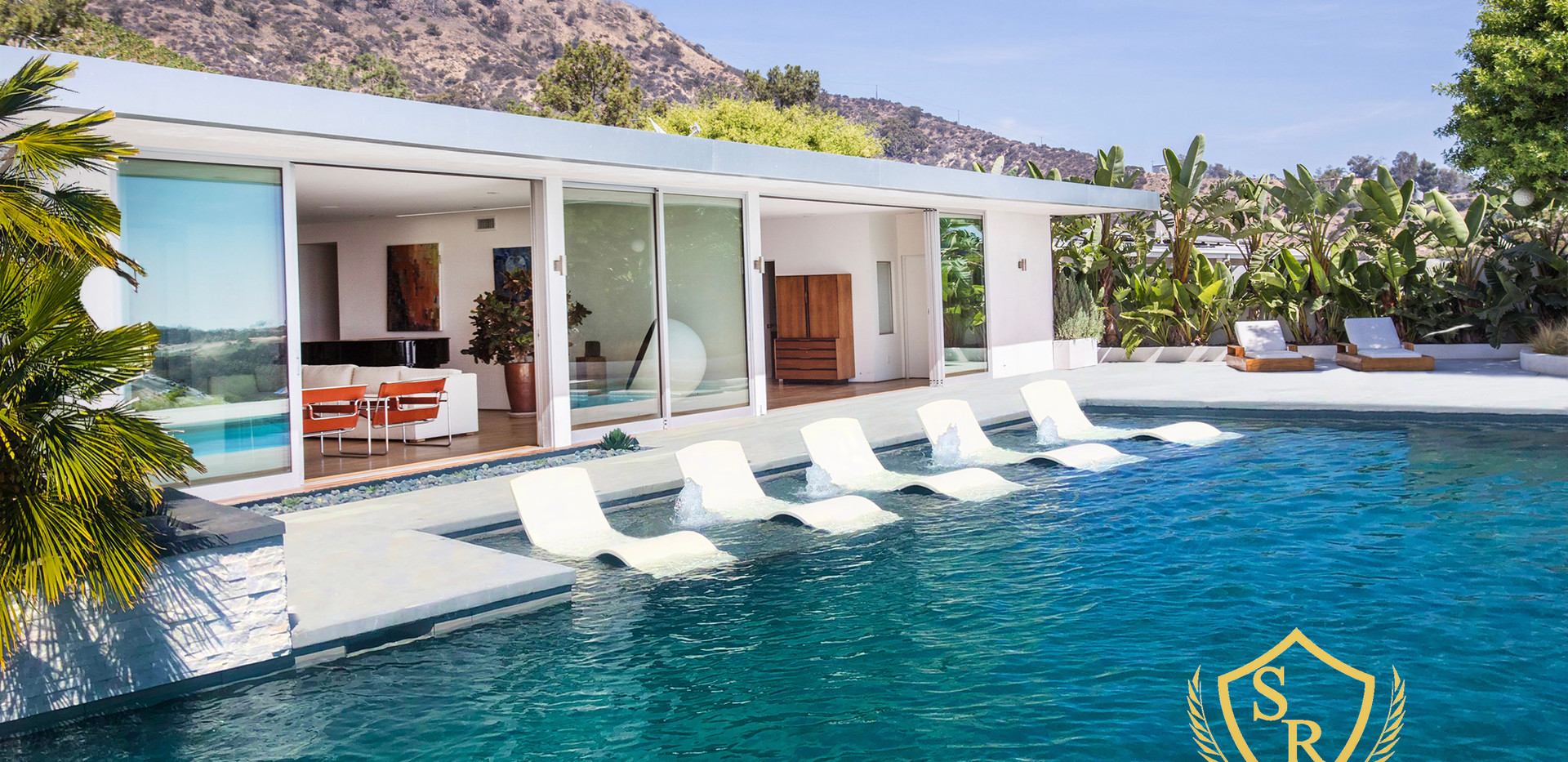 Beverly Hills House with The Curve