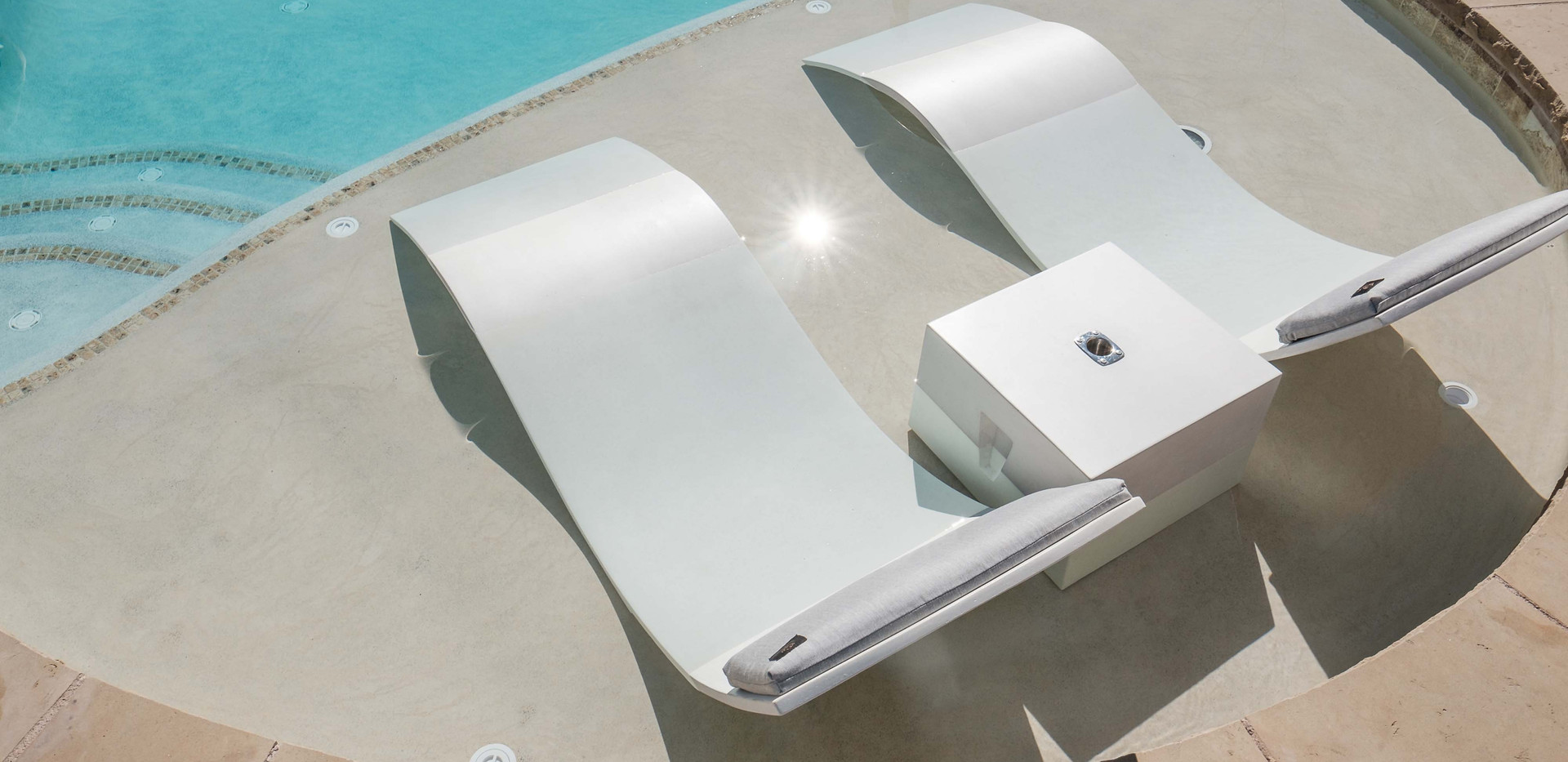 Pool Ledge with The Cube Drink Table