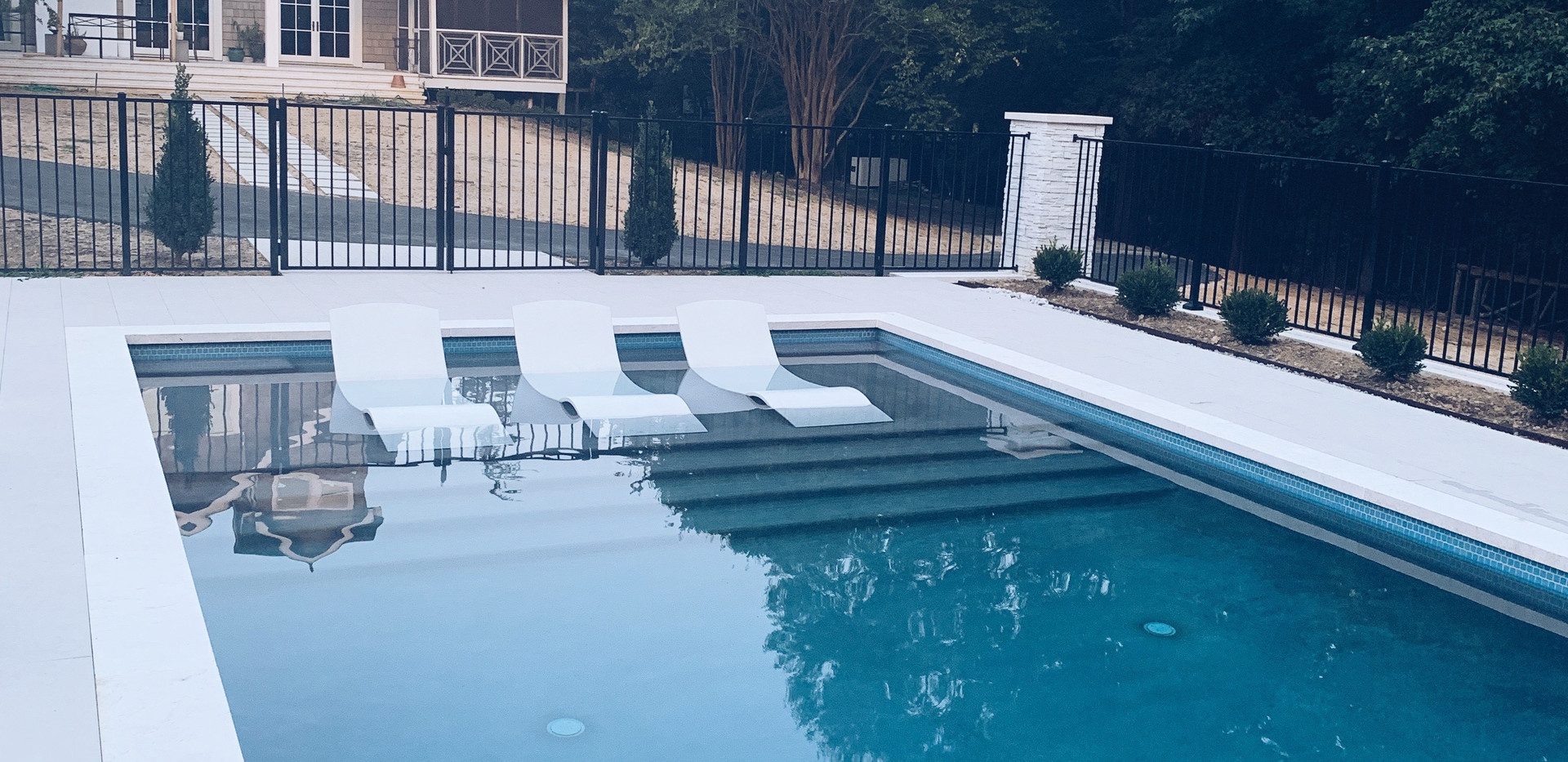 Lowe Residence - Pool Ledge Chairs - The Chaise Curve