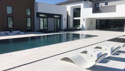 Modern Patio Chair - The Lilian Mansion