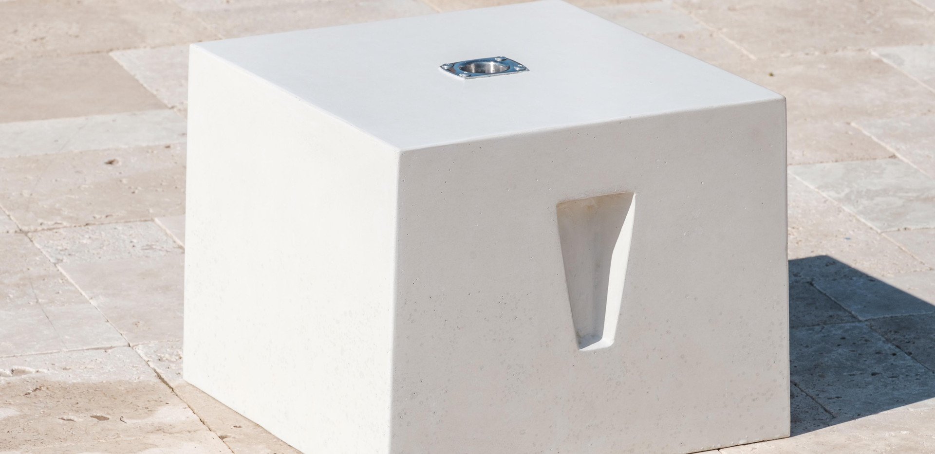 The Cube a side table