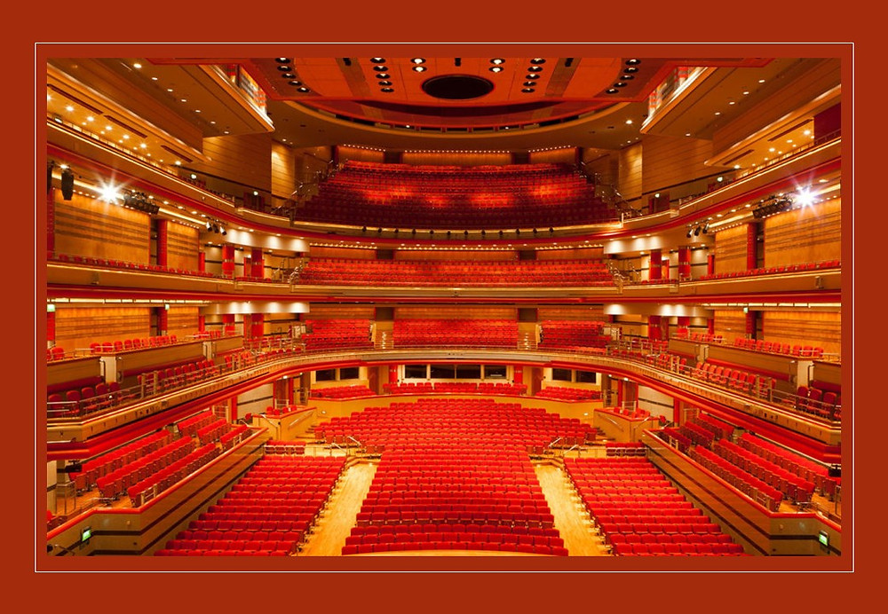 Rebecca and Lucie have been asked to dance and choreograph a performance at Birmingham Symphony Hall in June! Lucie will be travelling to America for the Summer so let's hope she can creep this in before she leaves. Rebecca has accepted!! Of course she has! :-)
