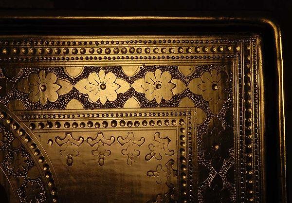 Opera tratta da: Simone Martini, XIV secolo. tempera e oro su tavola.