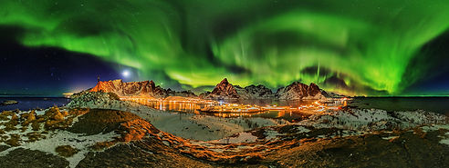 Northern Lights show over Lofoten archipelago in Norway
