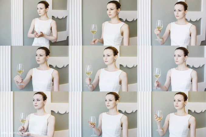 Ресторанный этикет: как правильно держать бокал