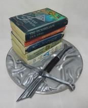 Book lover cake £200