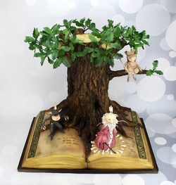 The magic world of Froud Book