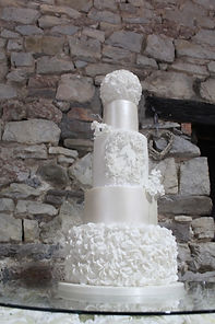 Bespoke wedding cake by Dragons and Daffodils Cakes