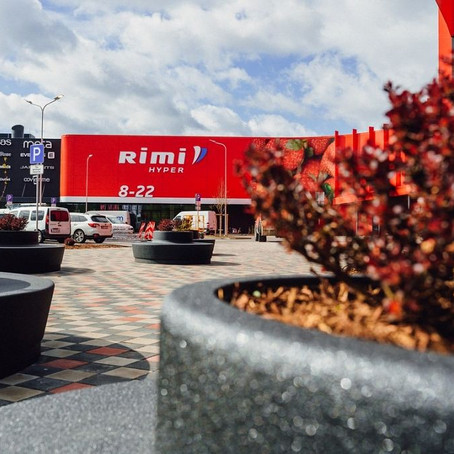 Pārdaugavā atklāj 22 miljonus eiro vērtu tirdzniecības centru