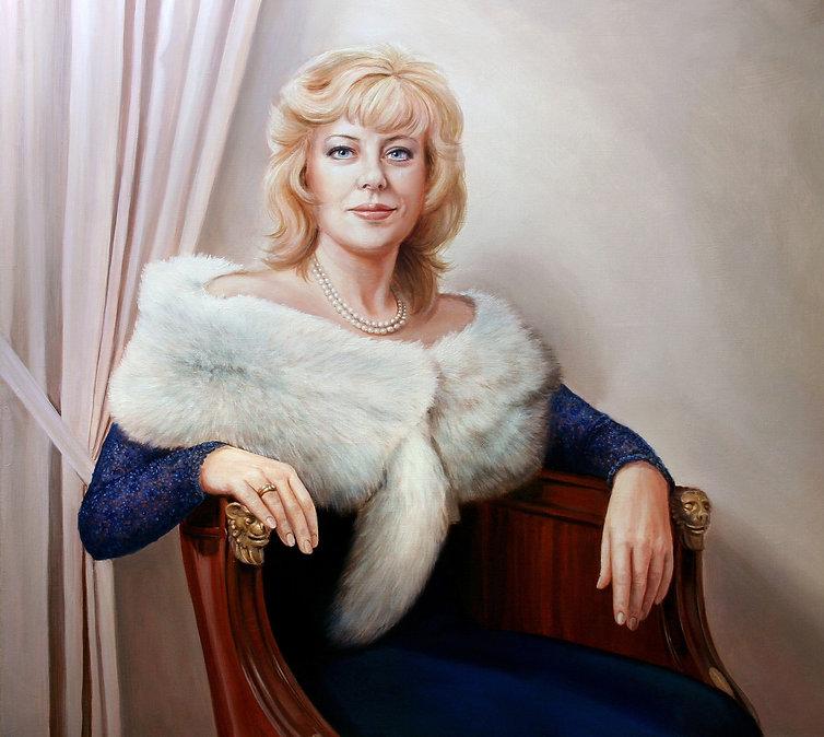 женский портрет меховое манто синее платье Портрет по фото Пархоменко Иван живопись дама в кресле