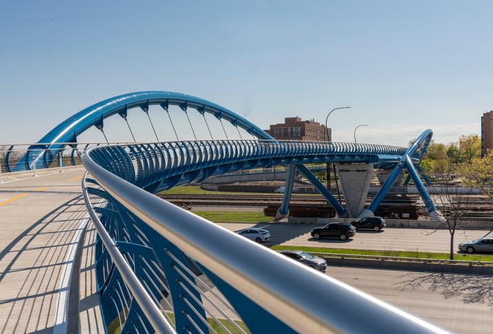 41st Street Pedestrian Bridge