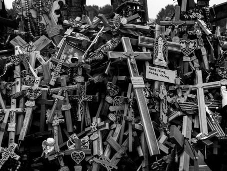 Crucifix Cracks Cranium, Texas Woman Clobbers Mama
