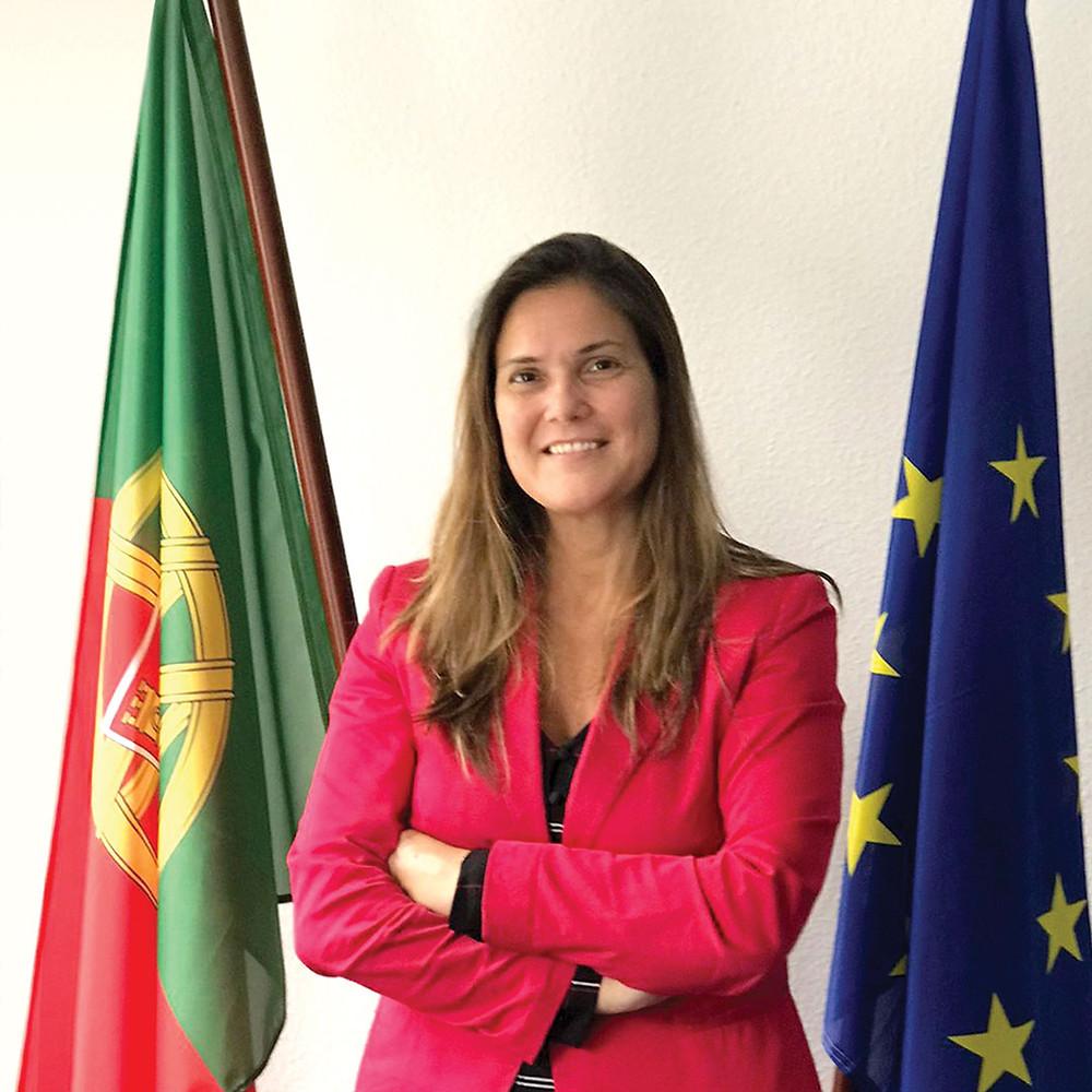 Fotografia da nova Cônsul-Geral em Düsseldorf, Lídia Nabais