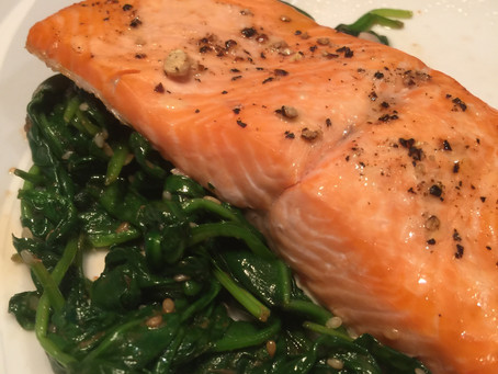 Spinach Sauté with Broiled Salmon