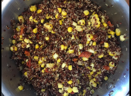 Quinoa with Onion, Sun-dried Tomatoes and Corn