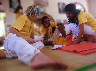 Yoga study in India, Sivananda Centre 2012