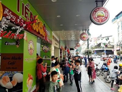 Ice cream in Hanoi