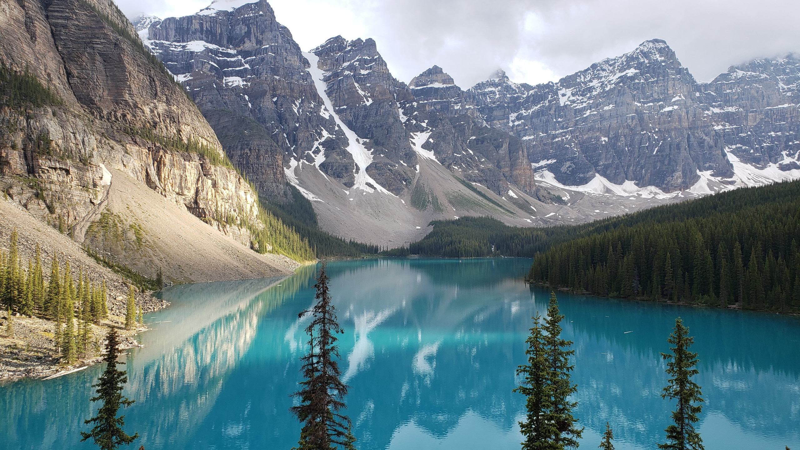 The most beautiful and popular lake in the Canadian Rockies, Moraine Lake