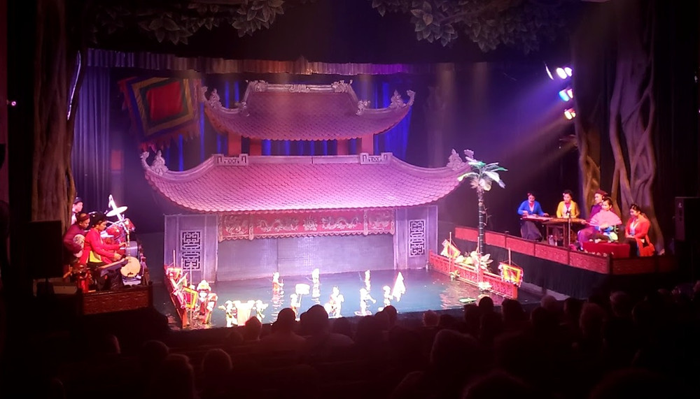 Thang Long Water Puppet performance