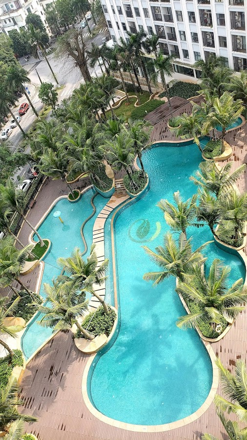 Swimming pool at Hanoi Ecopark Westbay apartment