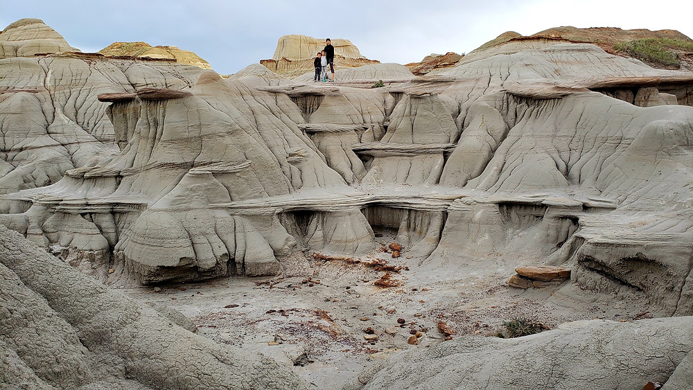 Hiking in the Badlands with kids, Dinosaur Provincial Park