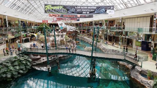 West Edmonton Mall, pirate ship