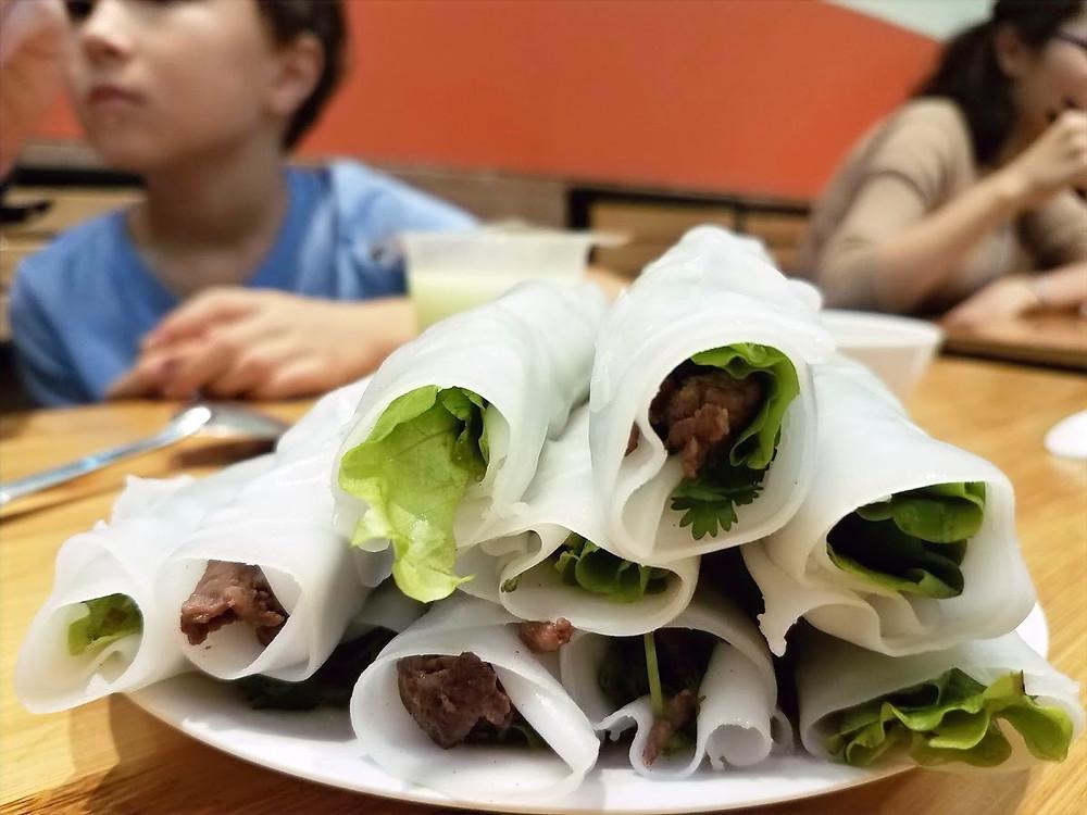 Pho cuon, vietnamese rice rolls