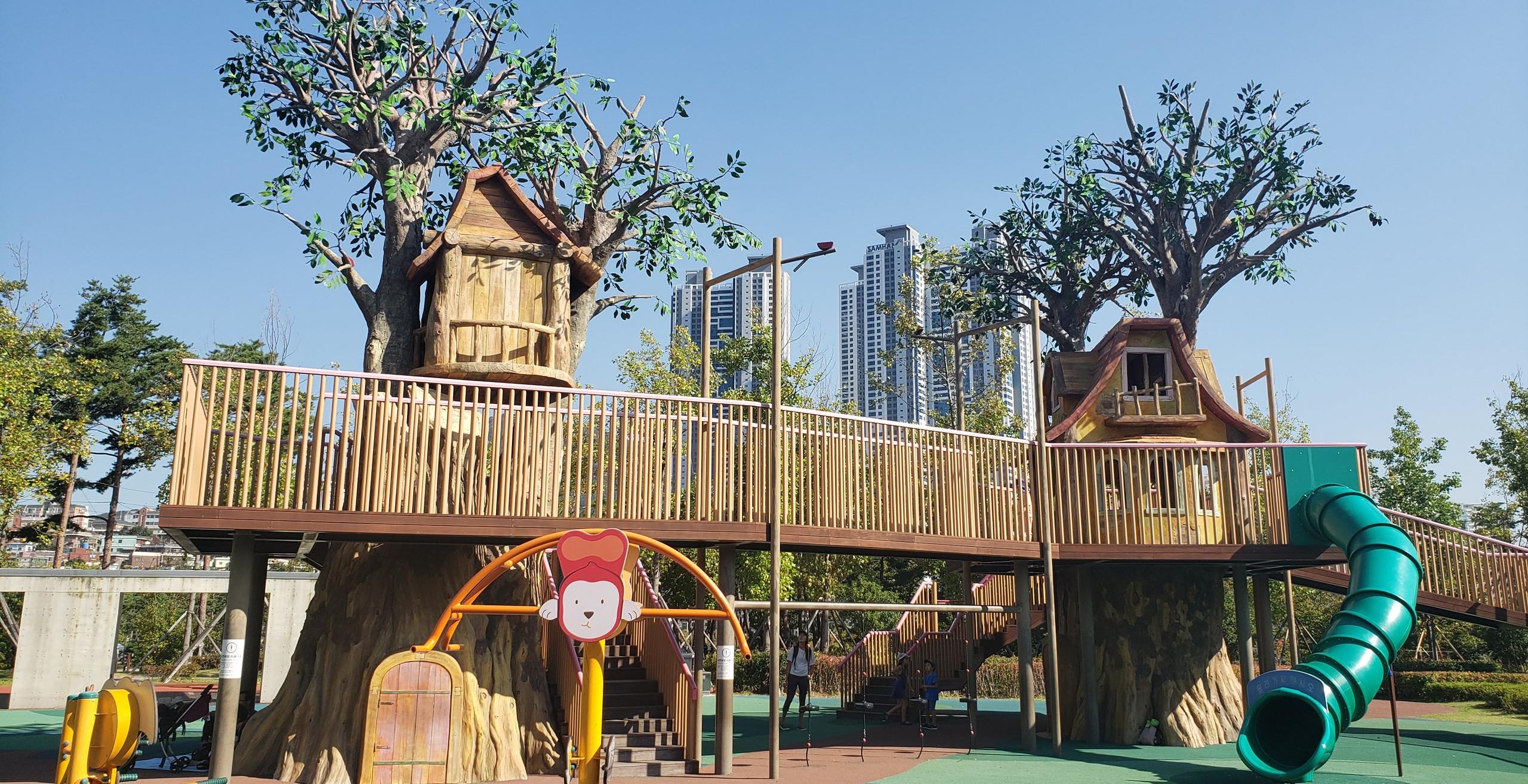 Playground in Busan
