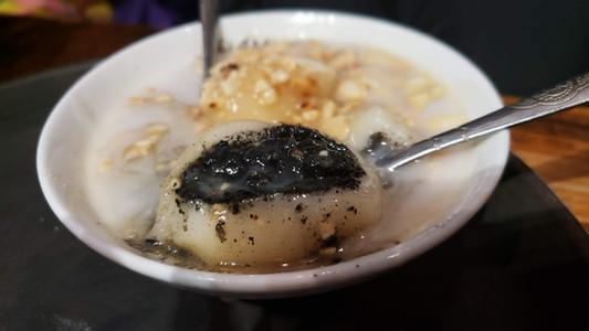 che troi nuoc, Vietnamese dessert.