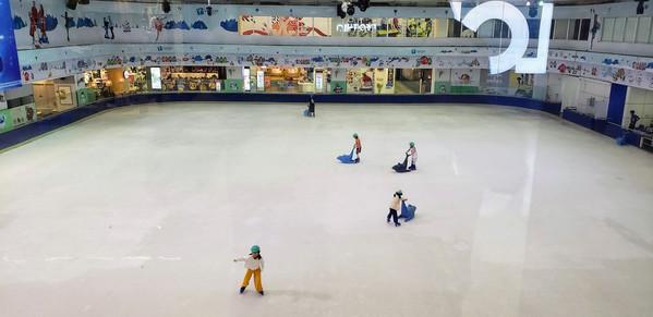 Ice rink in Vincom Mega Mall Royal City, Hanoi