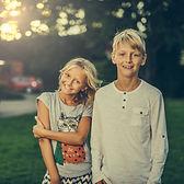 siblings-3315770_1920.jpg
