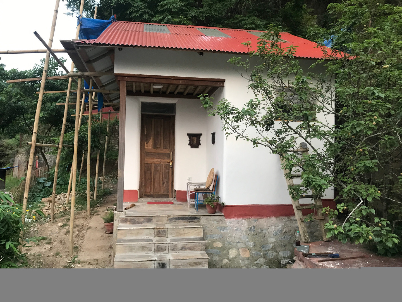 Straw Bale guest house external view..jp