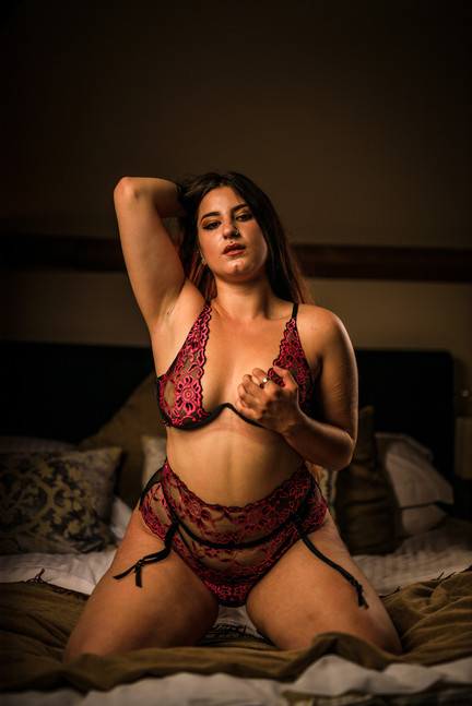 Guernsey Boudoir Sexy Photos