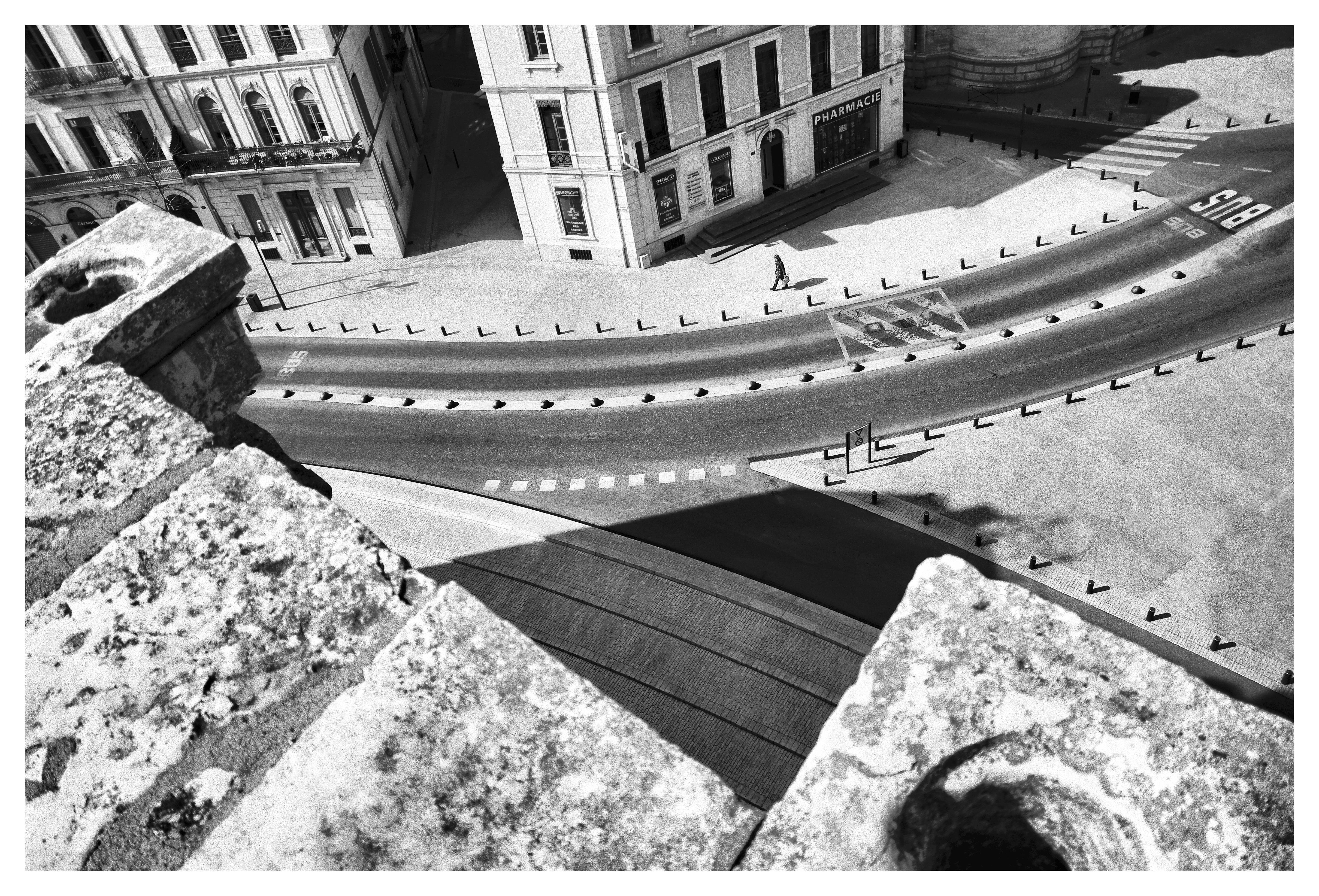 Alone Nîmes 5