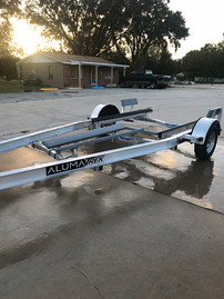 A Single Axle Boat Trailer that is Ment to Last