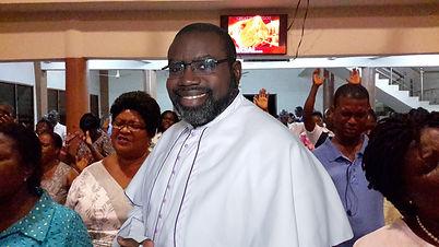 Pastor SJ with Methodist congregation ba