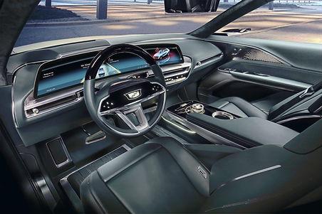 Cadillac-LYRIQ-001_edited.jpg