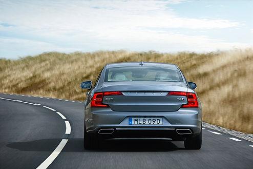 Volvo%20S90%20rear_edited.jpg