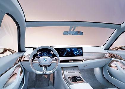 BMW%20i4%20Interior_edited.jpg