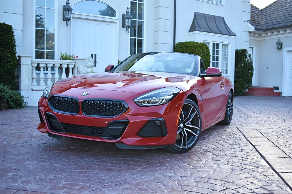 BMW%20Z4%20front_edited.jpg