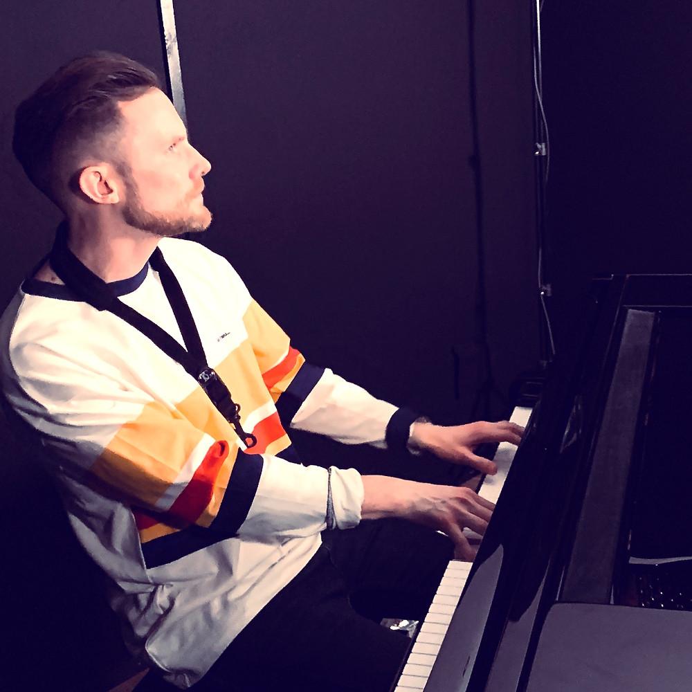 Brendan Mills in this London Recording Studio