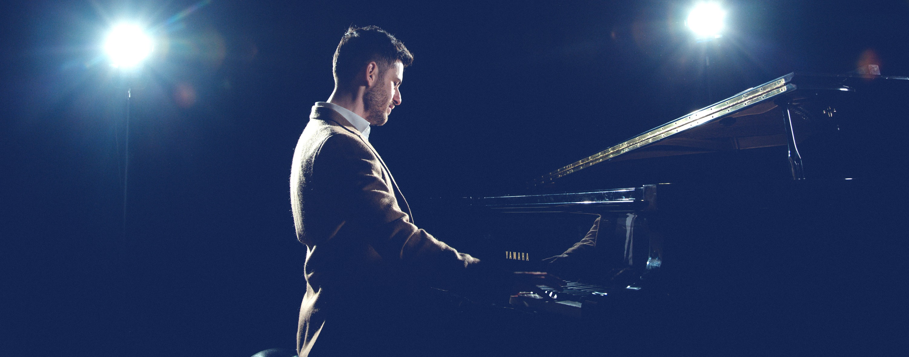 Pianist for Hire Essex_edited